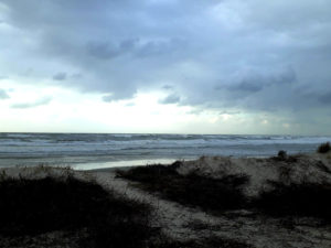 ים ביום חורפי